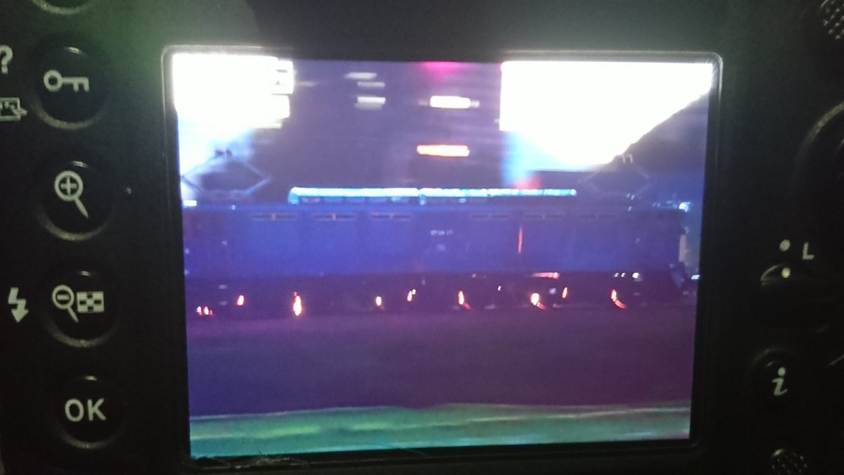 【あわや事故】貨物列車の車輪から火花が・・・ その理由は? JR上越線