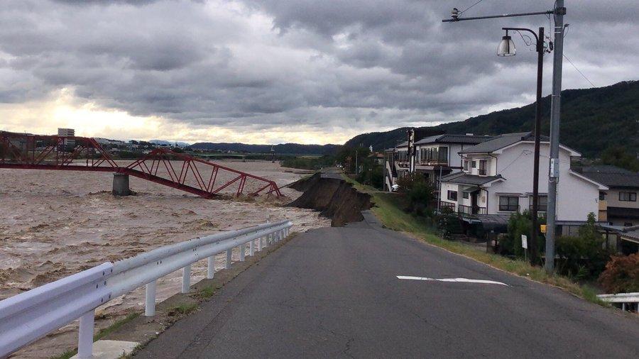 【台風19号】上田電鉄別所線 千曲川にかかる橋が落下する 運転再開には相当の時間がかかる見込み