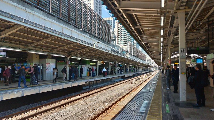 【珍事】運休なのに東京駅で「来ない山手線」を待つ皆さん 田町~品川間の線路切替工事で