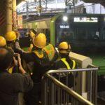 山手線は新ルートで1番列車が出発進行!運転再開へ 田町~品川間の線路切替工事完了