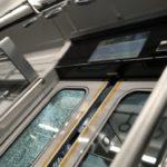 相鉄線の特急列車のドアに踏切の遮断機挟まり窓ガラスが破損するトラブル 上星川~西谷駅走行中に起きたか 一時運転見合わせ