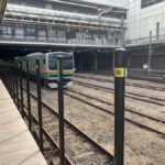 撮り鉄対策か JR大宮駅にポール設置