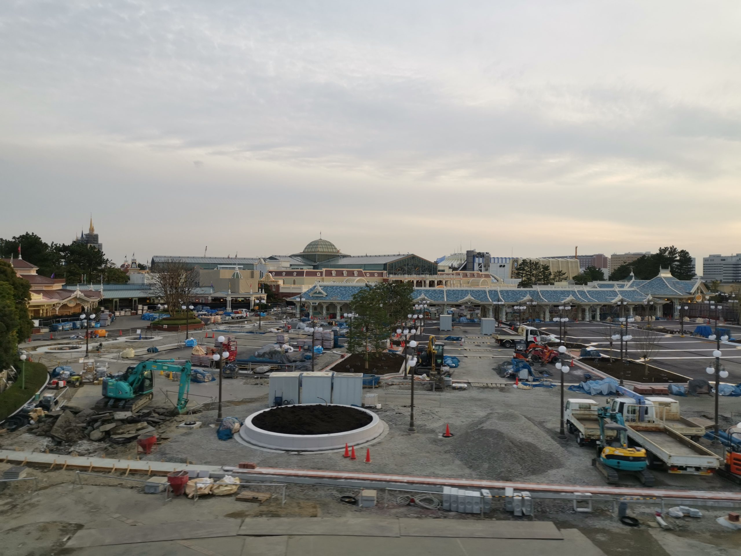 JR京葉線舞浜駅ホーム延伸 2022年春からディズニーランド利用客の混雑緩和へ