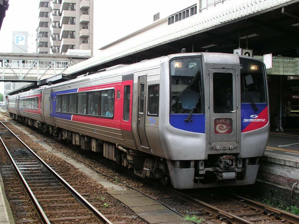 【JR四国N2000系】高徳線特急「うずしお」から7月17日をもって引退へ