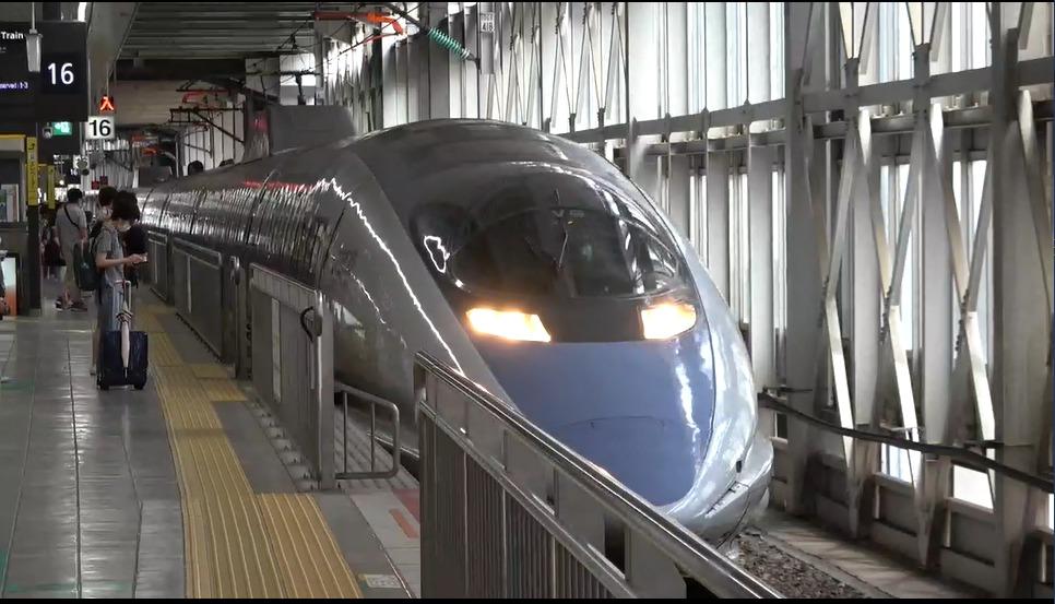【たった300円でグリーン車?】JR西日本博多南線500系で乗り比べよう