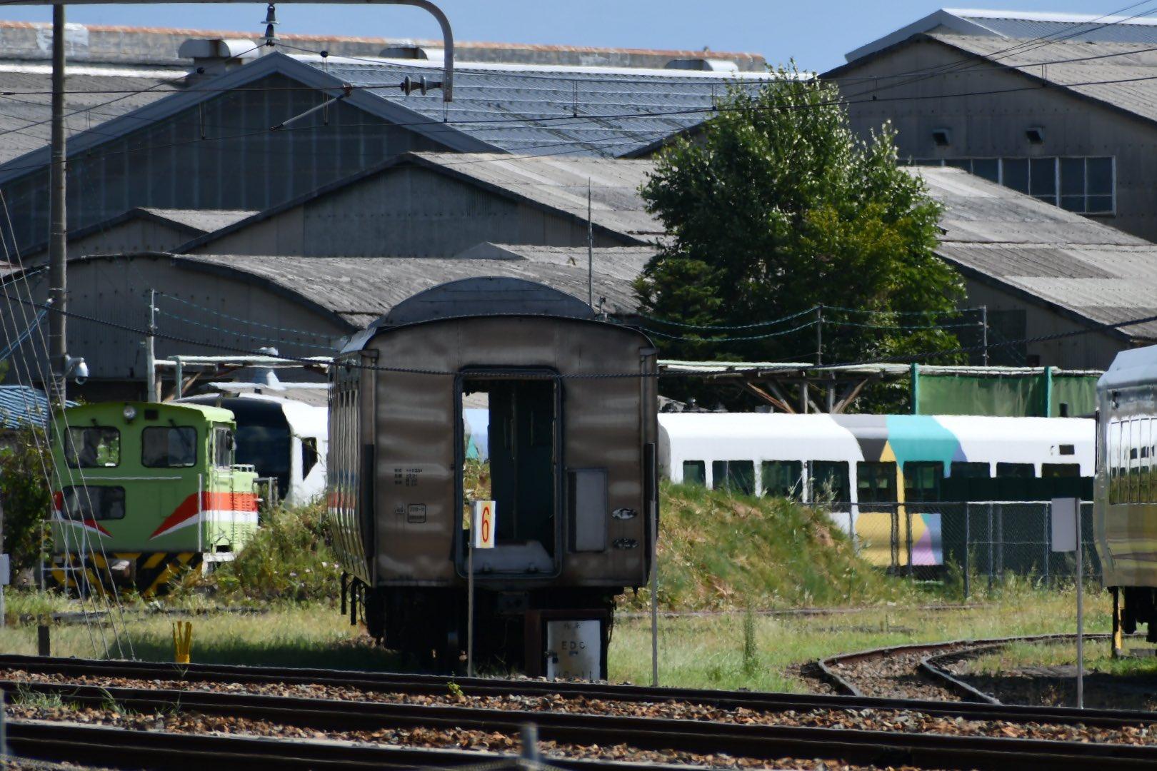 【E257系解体】長野総合車両センターでM-202編成とM-205編成が解体 あの黒塗り編成も