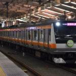 期間限定で「東京アドベンチャーライン」が青梅線以外にも入線 初日から通勤快速河口湖行として富士急行線に