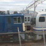 【早くも廃車回送?】E217系Y-101とY-106編成の8両がEF64機関車と連結 E235系置き換え発表で余命宣告済み