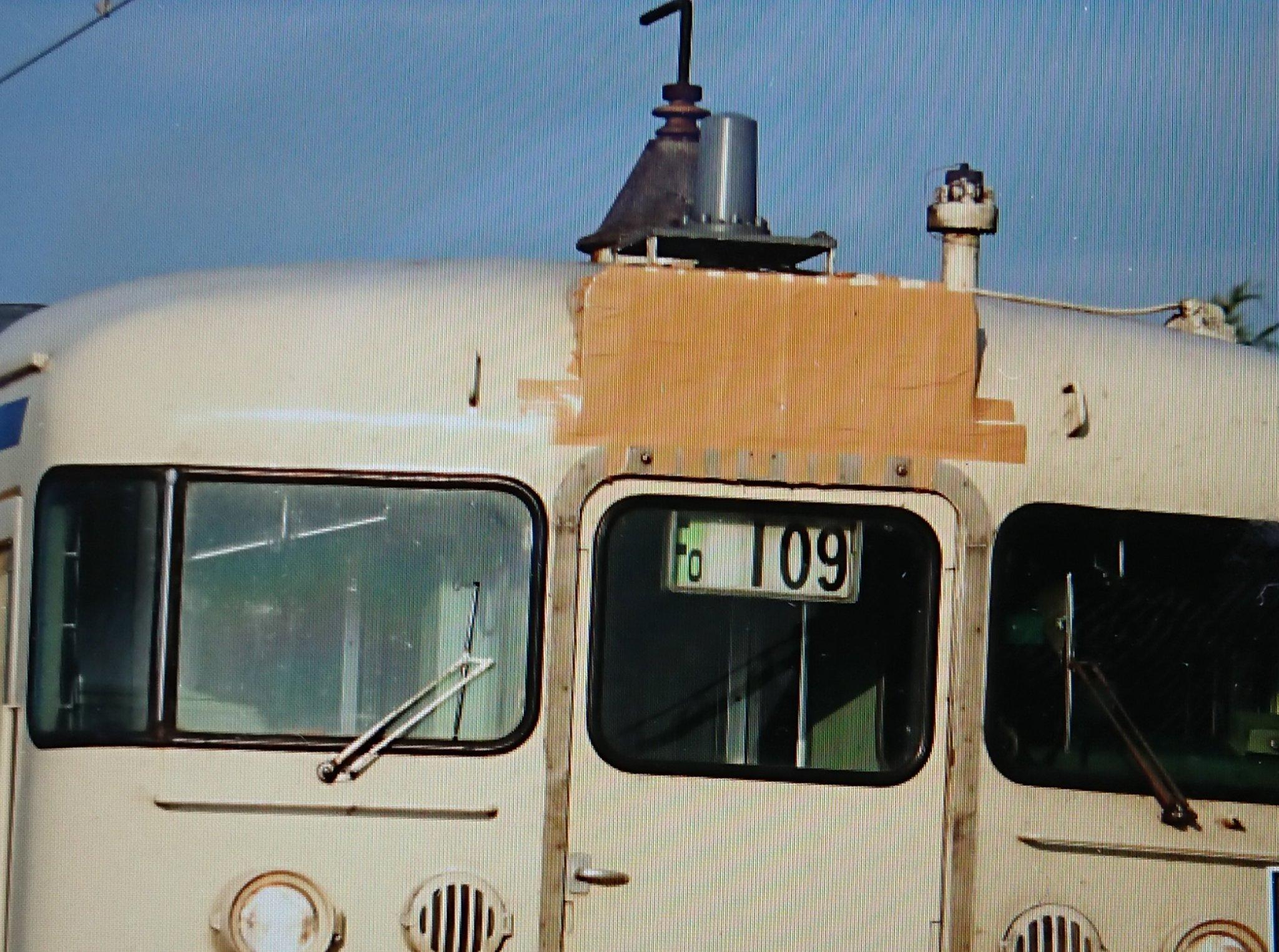 【國鐵廣島?】JR九州415系Fo109編成の方向幕がガムテープで塞がれる 一体何があったのか