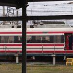 【遂に廃車か】長期間休車の東武200系201Fから自販機や座席ヘッドカバー撤去