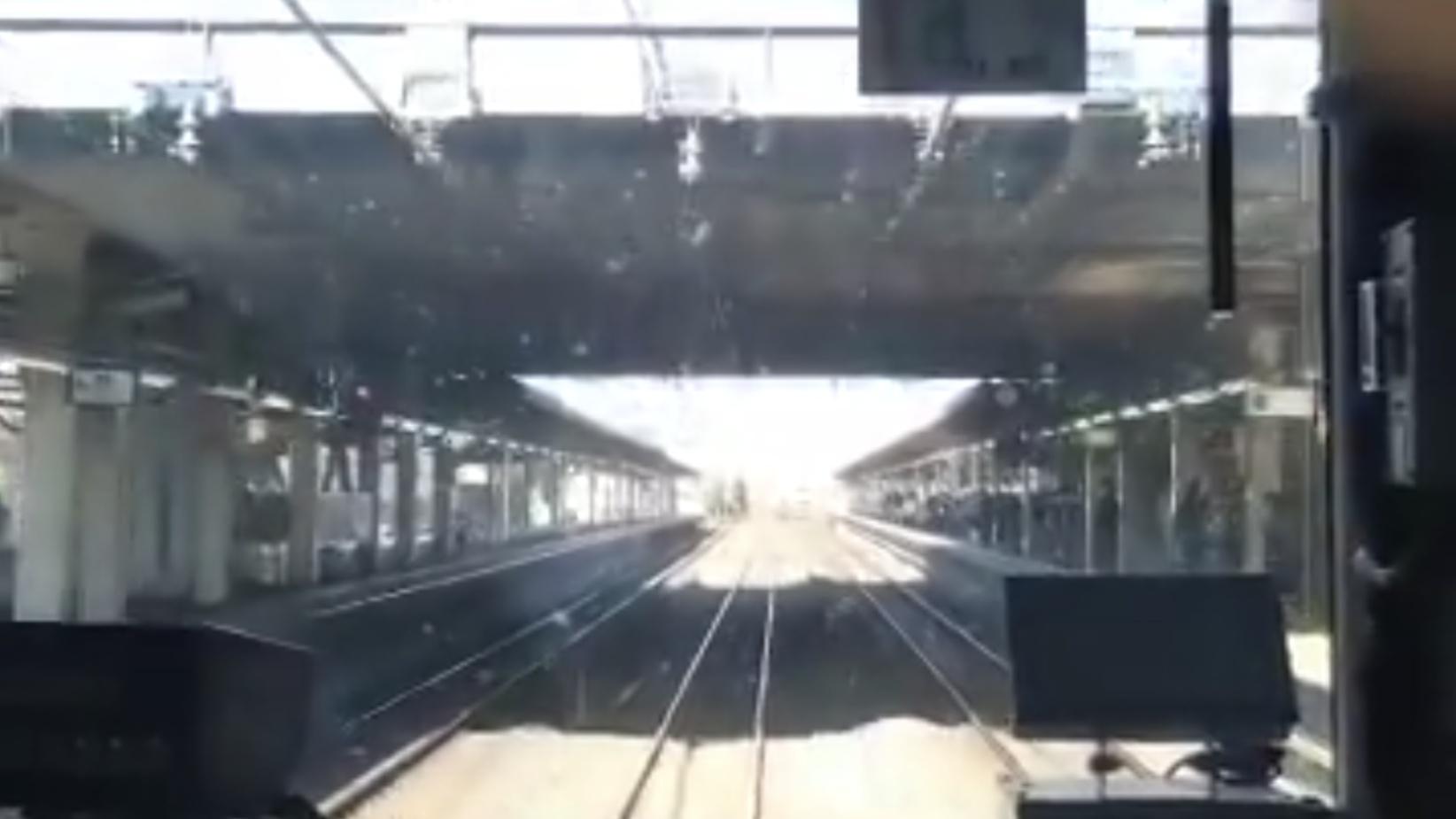 【呪われた久喜】火災に続き宇都宮線久喜駅のポイントが故障 貨物線を使い通過扱いで再開するも再び全線運休に