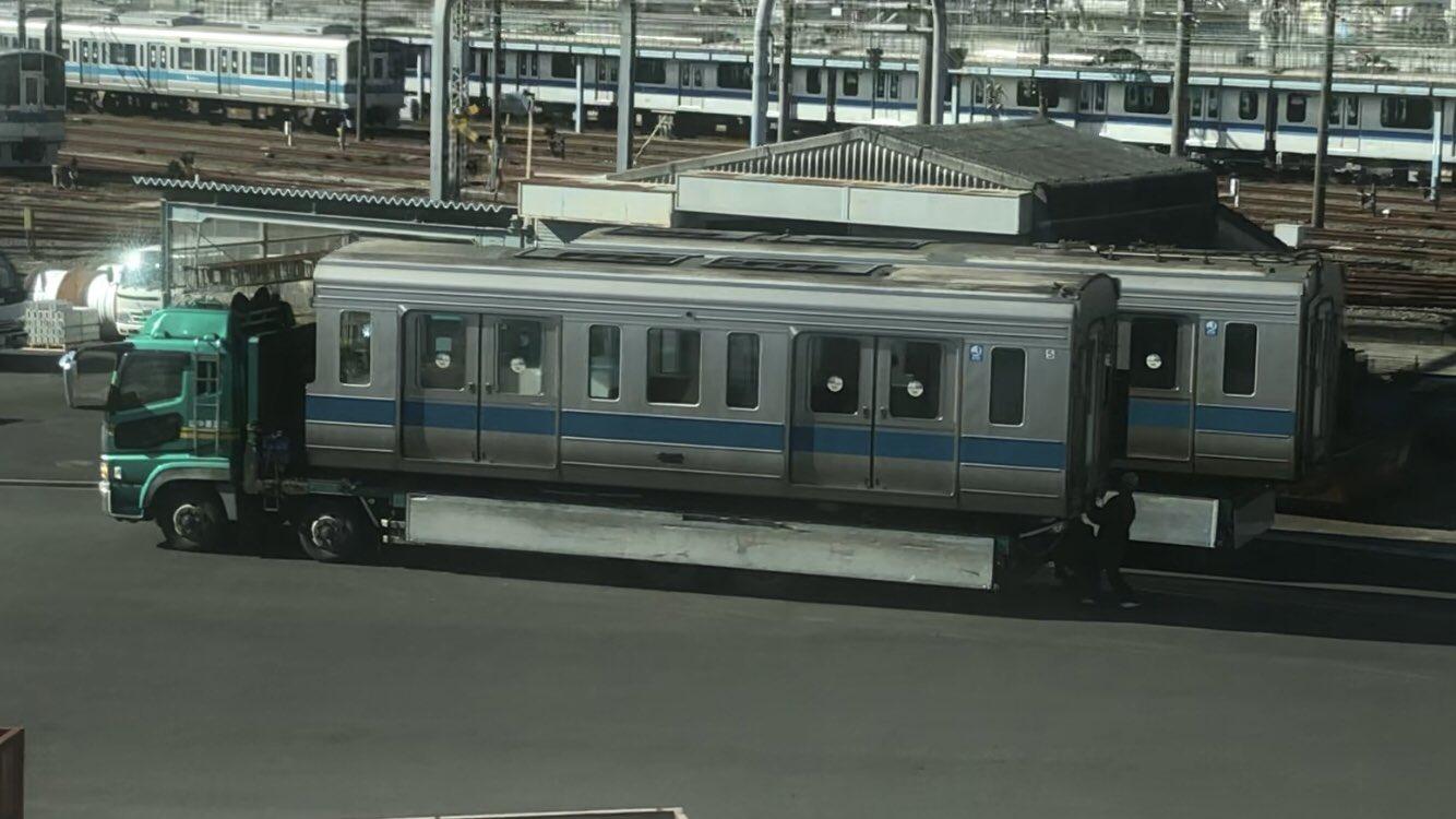 【ワイドドア車初の廃車】小田急1000形1751F廃車陸送 大野総合車両所から搬出