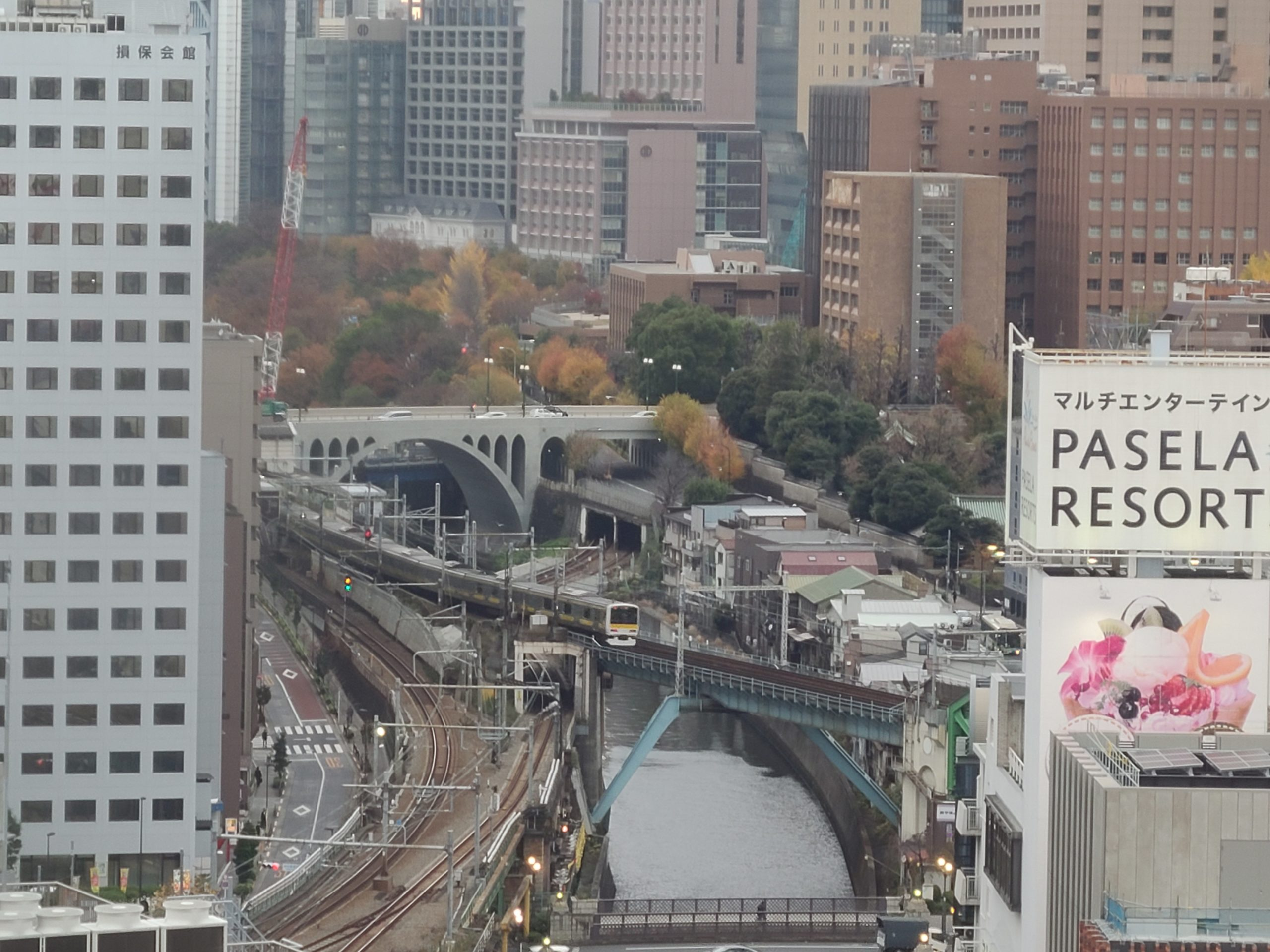 【JR西日本のホテル】ヴィアイン秋葉原に泊まってみた 客室から撮り鉄・旧万世橋駅近く