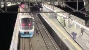 小田急RSEの深夜回送撮影のため線路に侵入した撮り鉄が鉄道営業法違反で送致