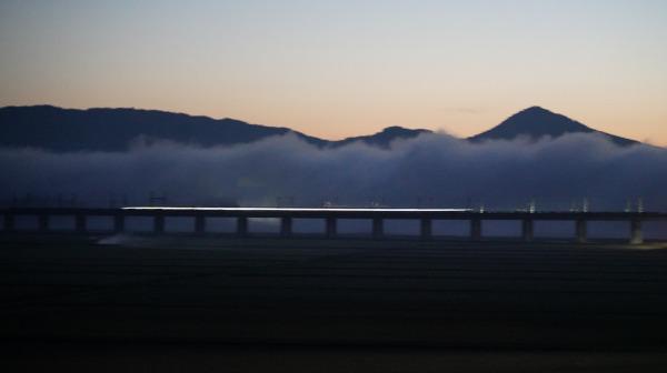 東北新幹線時速360kmで5G通信に成功 ALFA-X試験車両でJR東・ドコモが実施
