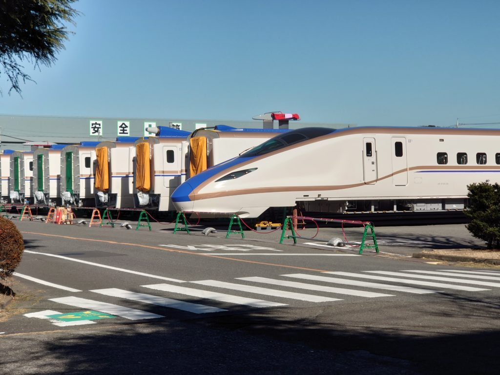 E7系F31編成が仙台へ陸送 被災車両は全車解体完了