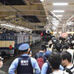【E493系試運転】国立駅で鉄道ファンが暴走した結果、警察による規制強化&急遽通過扱いに