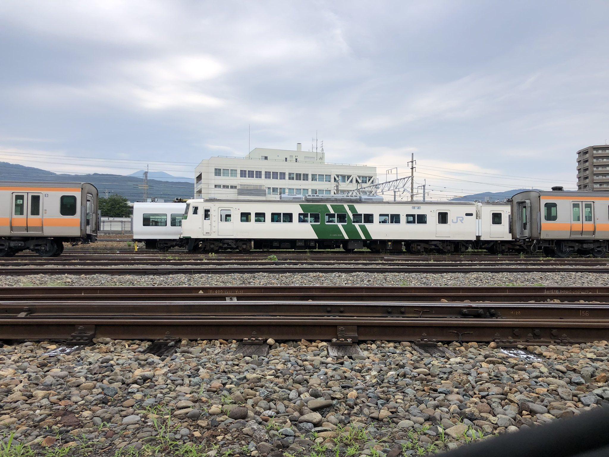 【6ヶ月放置】185系OM03編成が解体線に移動 廃車前提の疎開回送からついに動きが 部品は景品に