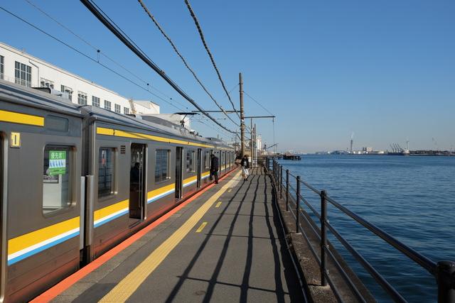 海芝浦駅とは?夕暮れが絶景の鶴見線海芝浦駅の絶景と歴史について解説