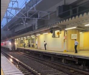 横須賀線成田エクスプレスで人身事故西大井~武蔵小杉間で