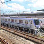 東京メトロ18000系はまもなく営業運転開始か ドアステッカー・車内広告貼り付け