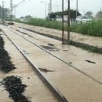 一畑電車台風9号で線路が水没・架線柱倒壊 運転再開見込み立たず