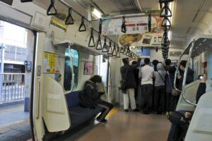 【山手線渋谷駅工事】新宿・品川の臨時列車が鉄道ファンで大荒れ グリーン車は使えるのか? 無料開放で無法地帯に